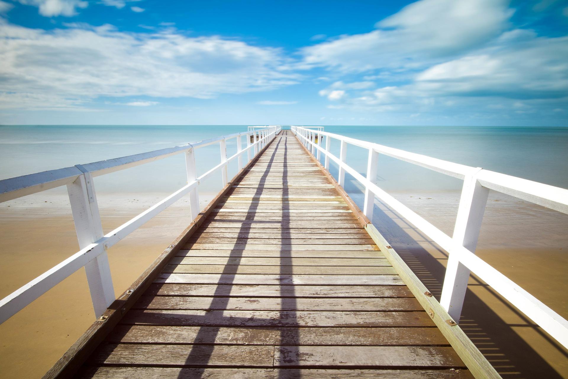 boardwalk-569314_1920